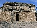 Cobá - Nohoch Mul Pyramide 3 Tempel.jpg