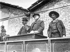 5 October 1910 revolution - Eudóxio César Azedo Gneco, also known as Azedo Gneco, one of the main leaders of the Portuguese Socialist Party, giving a speech at a republican gathering in Lisbon (May 1, 1907)
