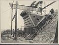 Construction of Sydney Harbour Bridge main bearing, 1927 (8283750268).jpg