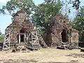 Crematoria Bakong, Cambodia 0609.jpg
