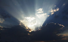 Crepuscular rays color.jpg