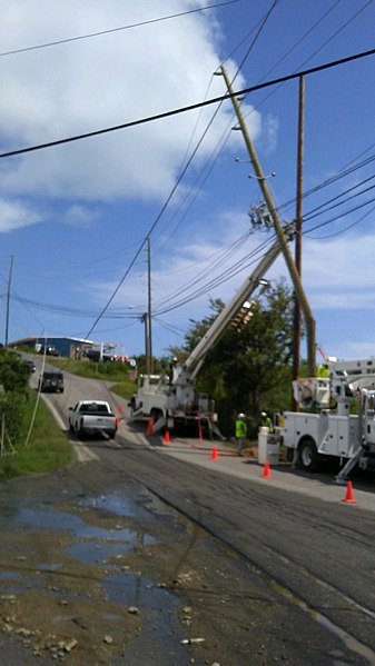 File:Crews transmission work progresses toward East end of St. Thomas (37634926006).jpg