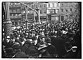 Crowd gathered by suffragettes in Union Sq., New York LCCN2014680141.jpg
