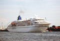 Cruise Ship Amadea down on the river Elbe, coming from Hamburg 1.png