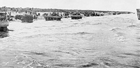 DD tanks on Utah beach.jpg