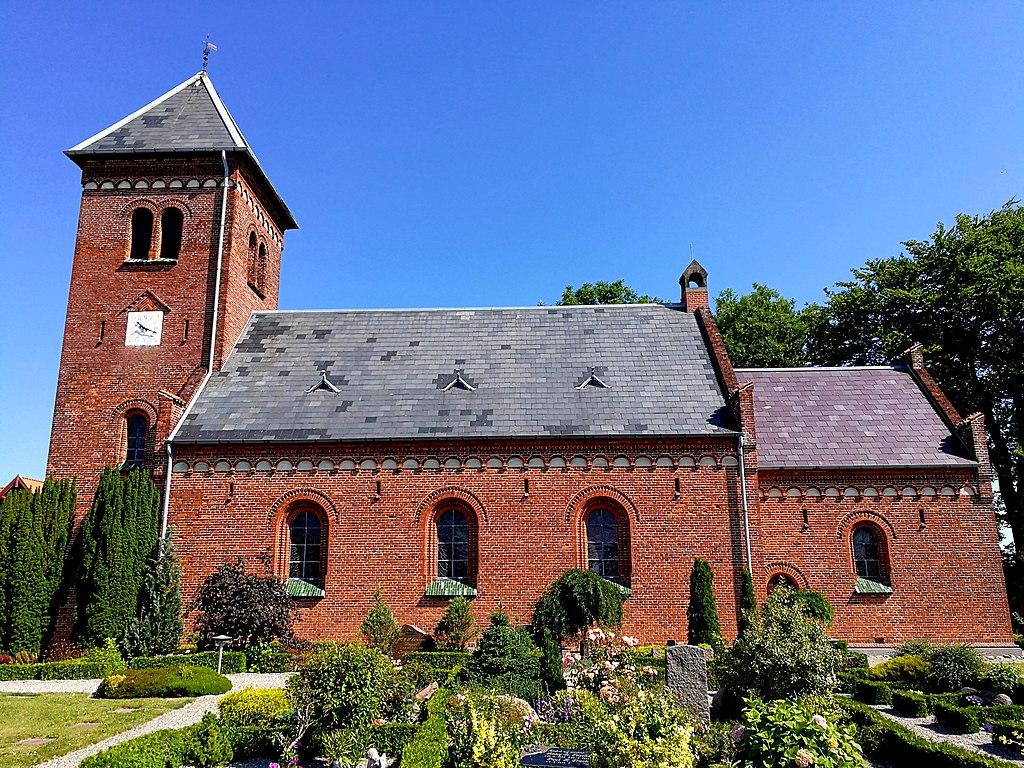 Dannemare kirke, Lolland 01.jpg
