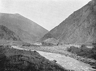 Darial Gorge - The pass in Luigi Villari's book Fire and Sword in the Caucasus (1906).