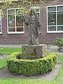 Denekamp - Heilig Hartbeeld voor de Alexanderschool.jpg