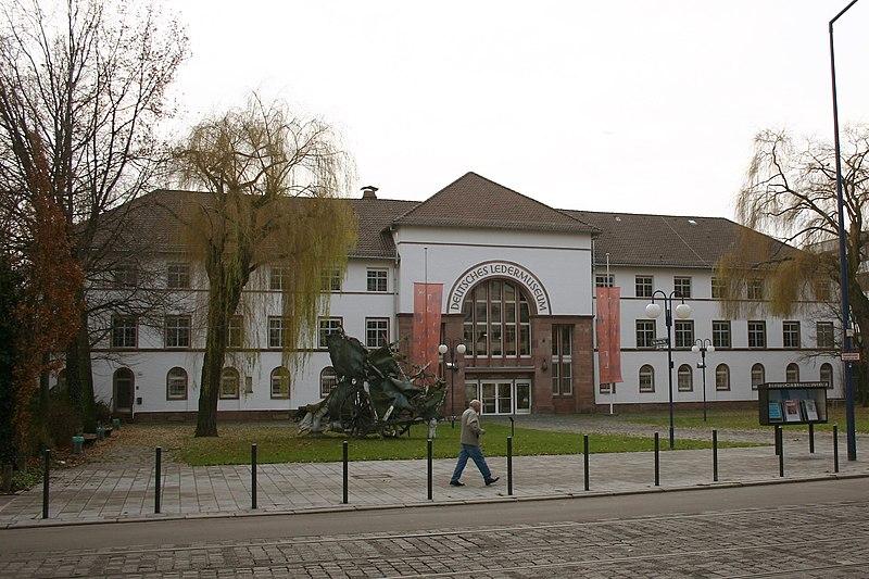 File:Deutsches Ledermuseum Offenbach am Main.jpg