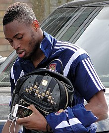 Diafra Sakho at The Boleyn Ground, 2015.jpg