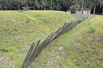Fort McAllister - Image: Ditch with wooden spikes at Fort Mc Allister, GA, US