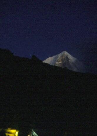 Dorje Lhakpa - Dorje Lhakpa from base camp at night