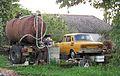 Doubrava (Chrášťany), nádrž a auto.jpg