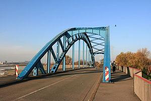 Duisburg - Dammstraße - Brücke 02 ies.jpg