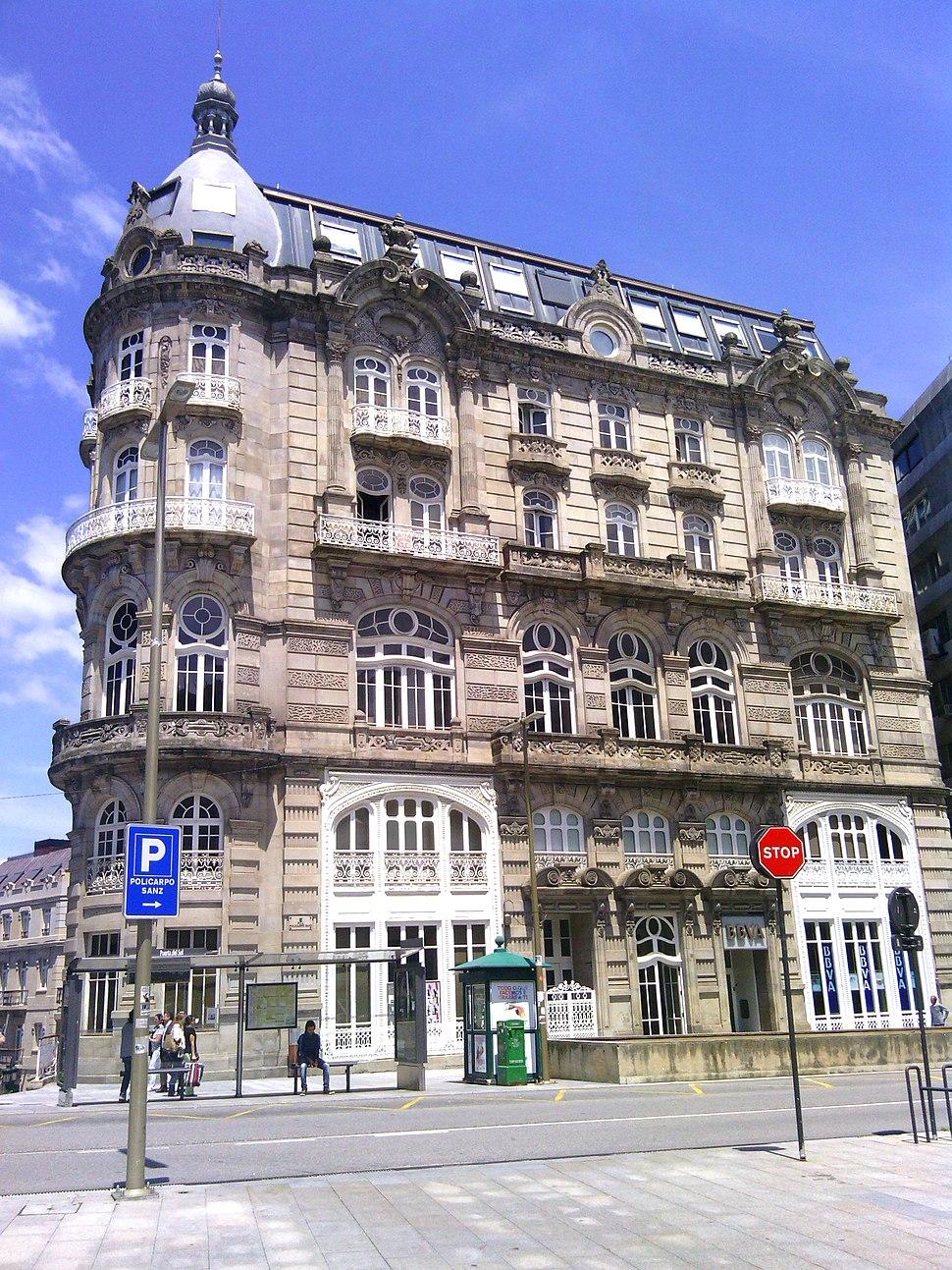Edificio Moderno Vigo 01