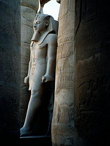 Egypt.LuxorTemple.02.jpg