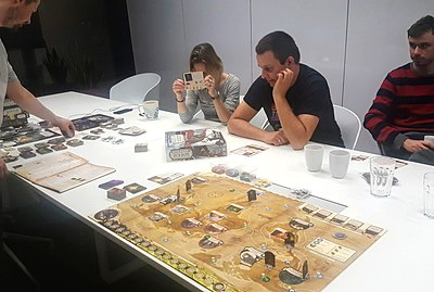 Picture of a game: Eldritch Horror