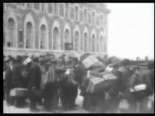Податотека:Ellis Island immigration footage.ogv
