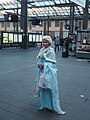 Elsa cosplay at Helsinki Central railway station.jpg