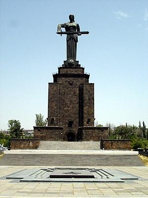 Erevan - La mère Arménie