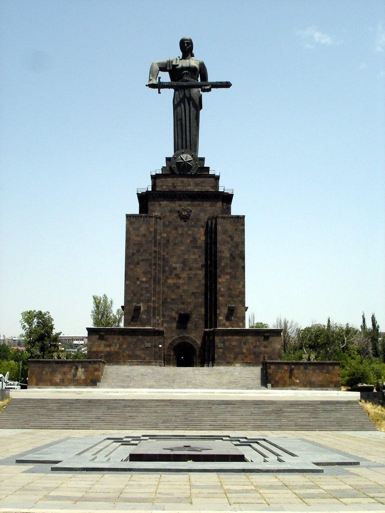 Erevan - La m%C3%A8re Arm%C3%A9nie