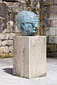 Escultura a Celso Emilio Ferreiro. Celanova-2.jpg