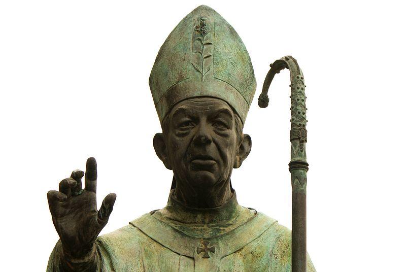 File:Estatua del Cardenal Tarancón.JPG