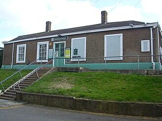 A232 road - Ewell East railway station