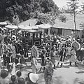 Fêtes du Nam-giao en 1942 (9). Arrivée du palanquin où se trouve S.M. Bảo-đại.jpg
