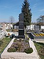 Főtisztelendő Hérics Márton †1910 sírja, 2019 Kisbér.jpg