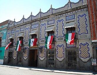 Talavera pottery - Uriarte Talavera workshop in Puebla
