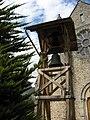 Ferrières-en-Brie. Eglise. Cloche extérieure.jpg