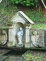 Fontaine Notre-Dame Lampaul-Guimiliau.JPG