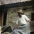 "Franc Špegelj (""Peternež""), Spodnji Dolič, kaže platno 1963.jpg"