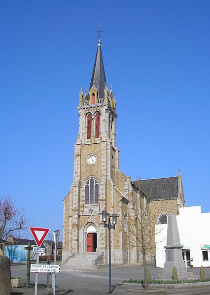 Désertines (Pays de la Loire, France). L'église Saint-Pierre.