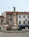Frontignan Monument aux Morts.jpg