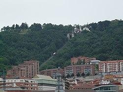 Funicular d'Artxanda des del pont de l'Arenal P1270339.jpg