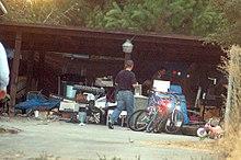 Investigators at the Garridosu0027 Contra Costa home & Kidnapping of Jaycee Dugard - Wikipedia