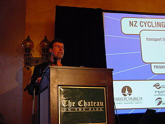 Garry Moore (mayor) - Garry Moore opening the 2001 NZ Cycling Conference