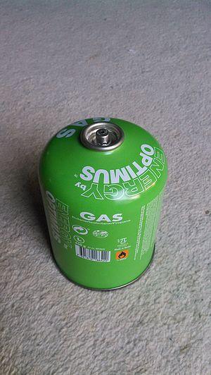 EN 417 - Gas cylinder with Lindal B188 valve.