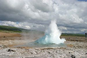 Geysur exploding