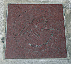 Gordon Lightfoot - Lightfoot's star on Canada's Walk of Fame