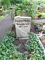 Grab von Walter Besenbruch in Berlin-Grünau.JPG