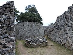 Great Zimbabwe 8.jpg