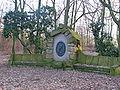 Henning Denkmal Kaiserberg 2.JPG
