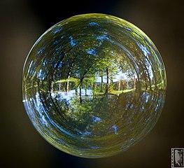 https://upload.wikimedia.org/wikipedia/commons/thumb/b/b7/Herbstlicher_Eggenberger_Schlosspark_in_der_Seifenblase.jpg/263px-Herbstlicher_Eggenberger_Schlosspark_in_der_Seifenblase.jpg