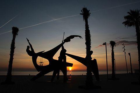 Barcelona beach activities