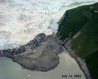 Glacial lake outburst flood - Image: Hubbard Glacier July 16.2002