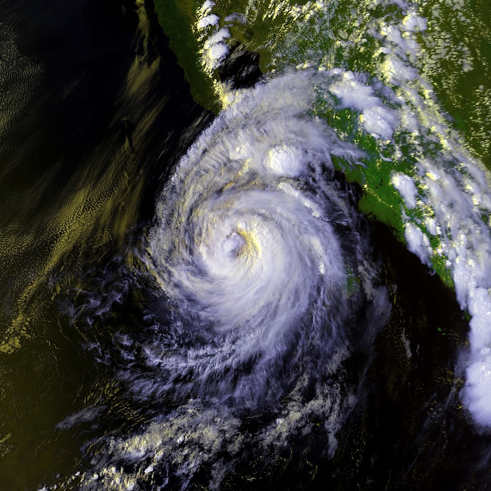 Hurricane Lester 22 aug 1992 2246Z