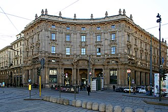 Piazza Cordusio - The Palazzo delle Poste and the old Milan Stock Exchange palace.